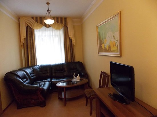 Natalia-18: Luxury Suite for 2 or 3 people