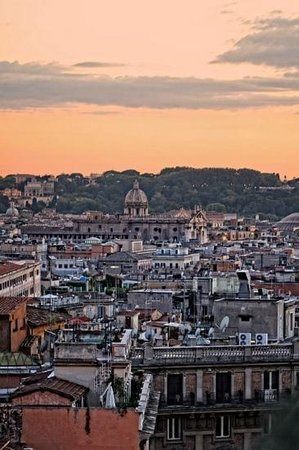 Hotel Bernini Bristol:                   view from the roof top reasturant