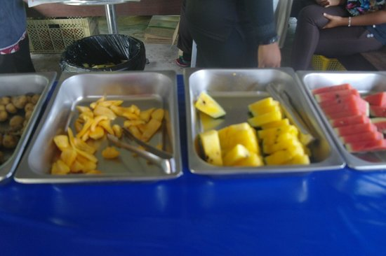 MARDI Langkawi Agro Technology Park: Fruit in the pan
