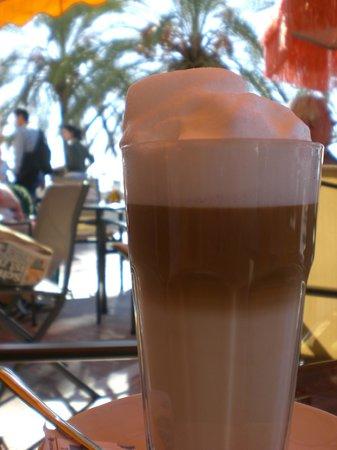Restaurante Kristin :                   Bester Latte Machiato!
