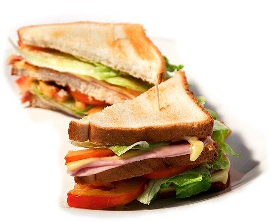 Heladeria Cafeteria Gelatolina: Tenemos Sandwiches, Bocadillos, Tostadas, Crepes y mas...