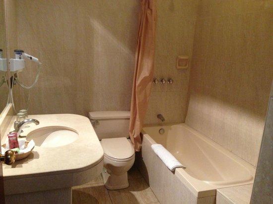 Imperial Cusco Hotel: baño