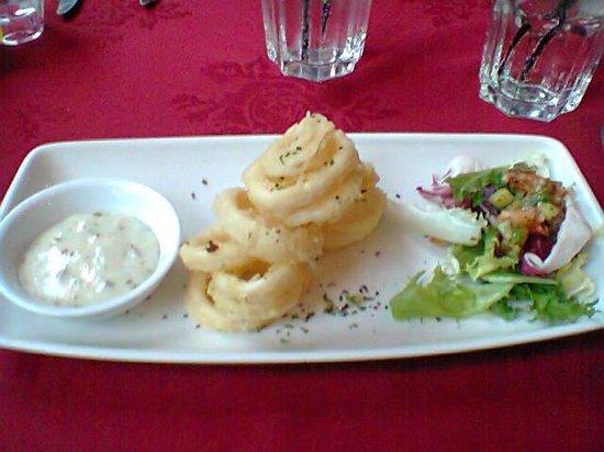 Piccolo Restaurant:                                     Our starter ( my favourite) - Calamari!