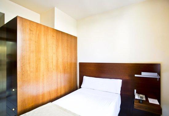 Serhs Carlit Hotel: Habitación