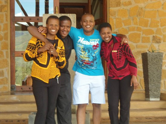 Maliba Riverside Huts:                   Smile