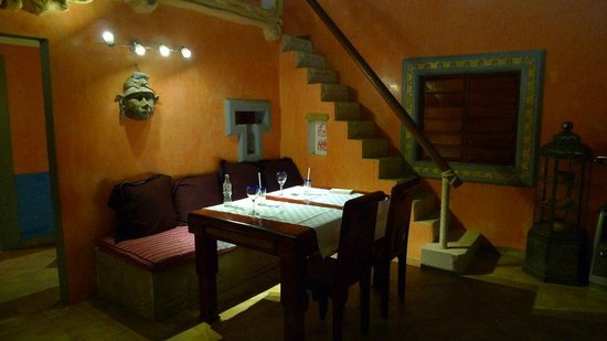 Boutique Hotel Quinta Chanabnal: dining at common area