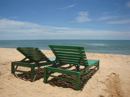 Thanh Kieu Beach Resort: beach front