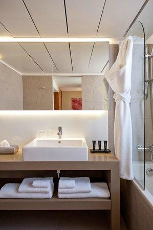 Hotel Monna Lisa: Bathroom