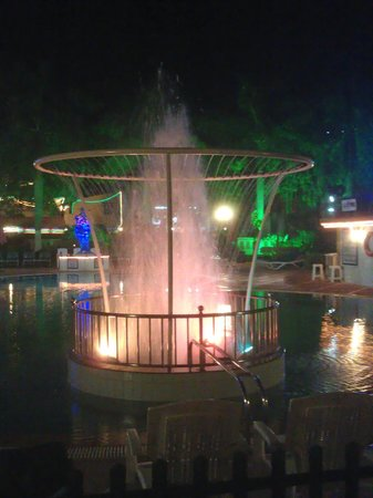 Radhika Beach Resort: Wasserspiele
