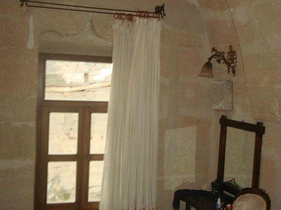 Aydinli Cave Hotel:                   PARTE DO QUARTO
