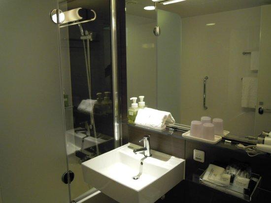 Hotel Granvia Hiroshima:                   キレイで、アメニティも充実。