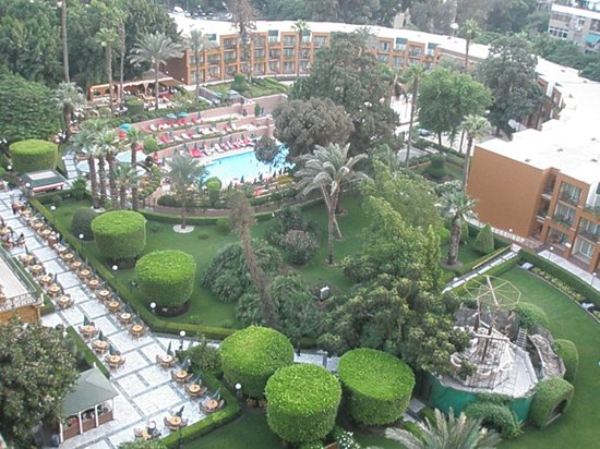 โรงแรมไคโรมาริออทแอนด์โอมาร์เคย์ยามคาสิโน:                   gardens