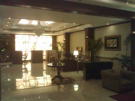 Kenilworth Hotel, Kolkata: Rezeption