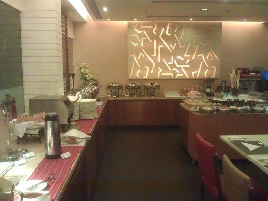 Kenilworth Hotel, Kolkata: Frühstücksraum