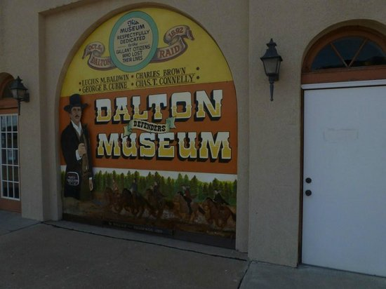 Coffeyville, KS:                   Museum entrance