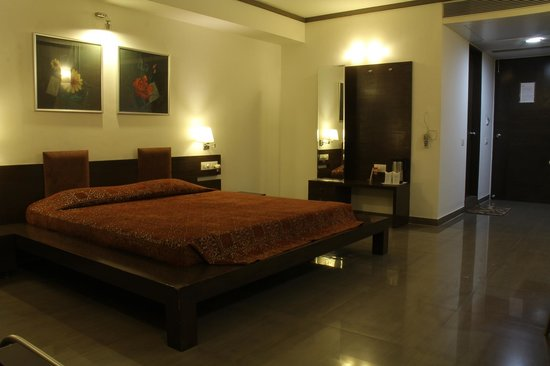 Platinum Inn Hotel: Deluxe Room Double