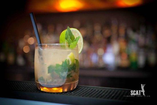 SCAT Funchal Music Club & Restaurant: Delicie-se com as nossas caipirinhas, ao som da melhor música ao vivo