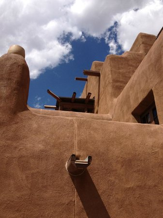 Inn and Spa at Loretto:                   Santa Fe authentic architecture