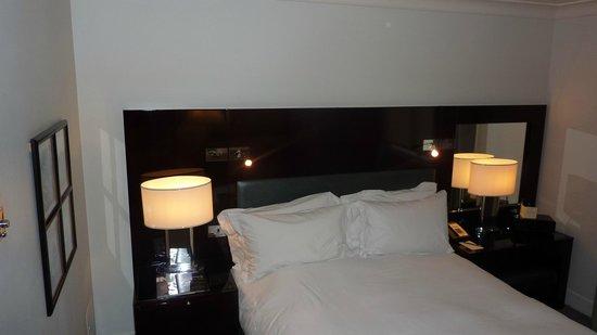 Sofitel London St James: comfortable bed