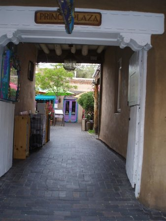 Inn and Spa at Loretto:                   wondeful walkways