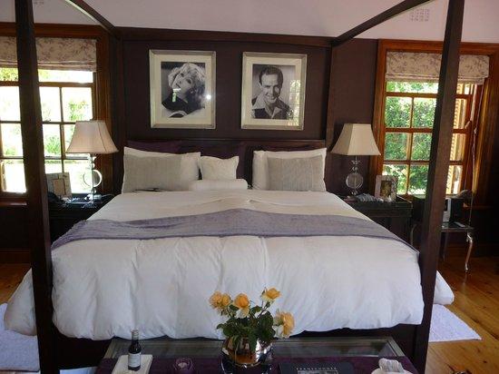 Franschhoek Manor:                   Schlafen unter Greta Garbo und Marlon Brando