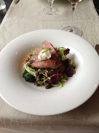 Restaurant  MEKK: Warm lunch salad