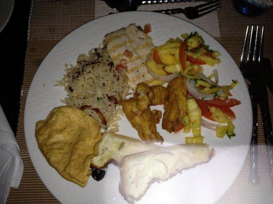 Veligandu Island Resort & Spa:                   exemple de composition d'assiette