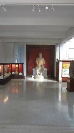 Chao Sam Phraya Museum :                   The museum interior