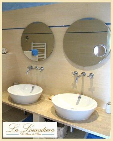 La Locandiera: salle da bain suite MARE