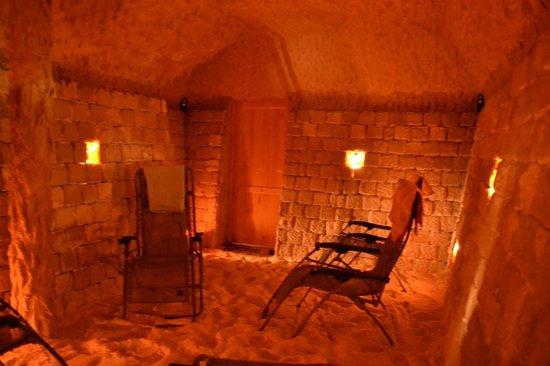 Hotel Paradis: Salt cave