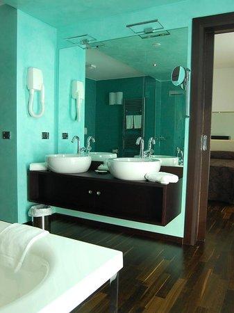 BEST WESTERN Hotel Biri Padova:                   il fantastico bagno
