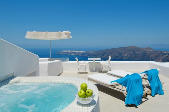 White Santorini Suites & SPA: Suite