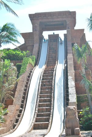Atlantis, Coral Towers, Autograph Collection: Challengers water slide at the Mayan Temple