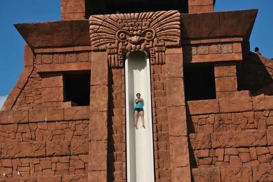 Atlantis, Coral Towers, Autograph Collection: Leap of Faith- water ride at Aquaventure Park