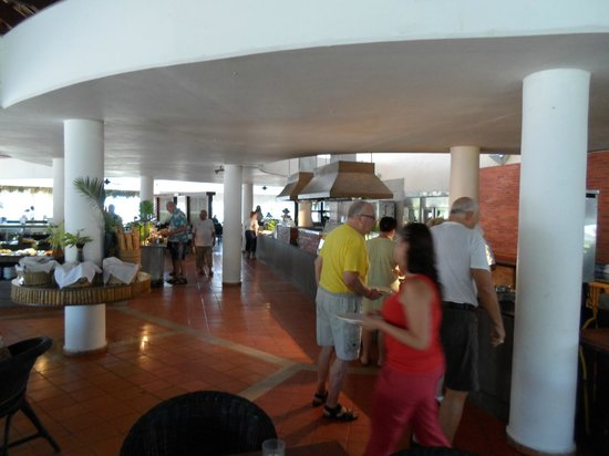 Catalonia Bavaro Beach, Casino & Golf Resort:                   Main Dining