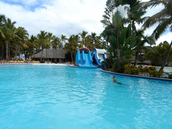 Catalonia Bavaro Beach, Casino & Golf Resort:                   Beautiful Pool-Nice for kids