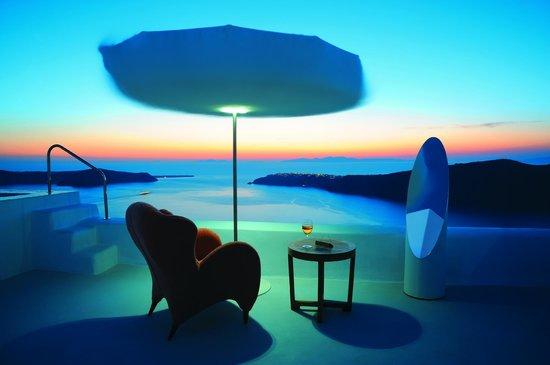 White Santorini Suites & SPA: Pearl Honeymoon Suite