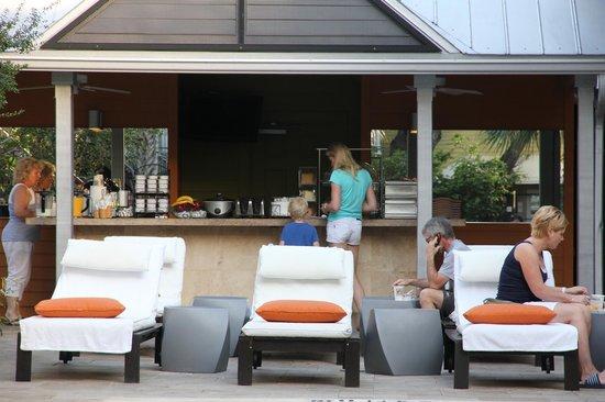 Truman Hotel:                   ontbeidgedeelte bij zwembad, is ook bargedeelte