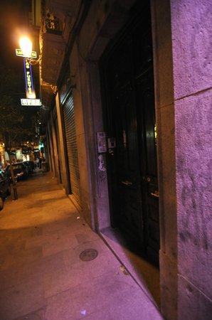 Hostal Las Fuentes : Entrée difficile à trouver