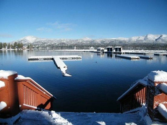 Big Bear Frontier Cabins:                   access to the lake