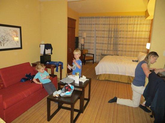 Courtyard Miami Homestead:                   suite heeft apart zitgedeelte