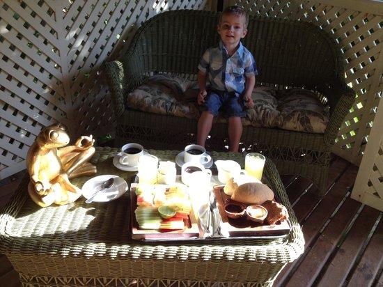 Nueva Vida de Ramiro:                   Petit déjeuner