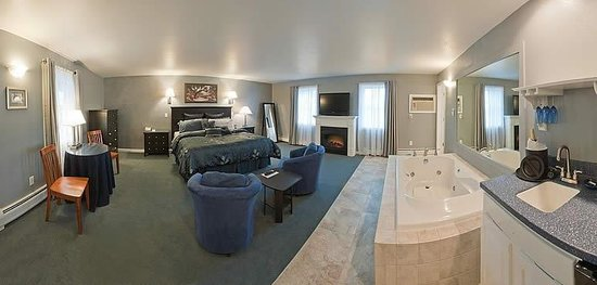 Newport City Inn & Suites: Honeymoon Suite