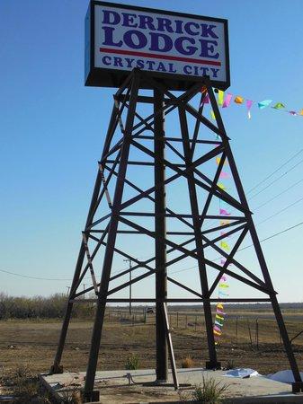 Baymont Inn & Suites Crystal City: Sign