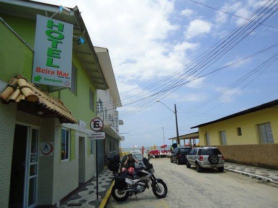 Matinhos, PR:                   HOSTEL BEIRA MAR