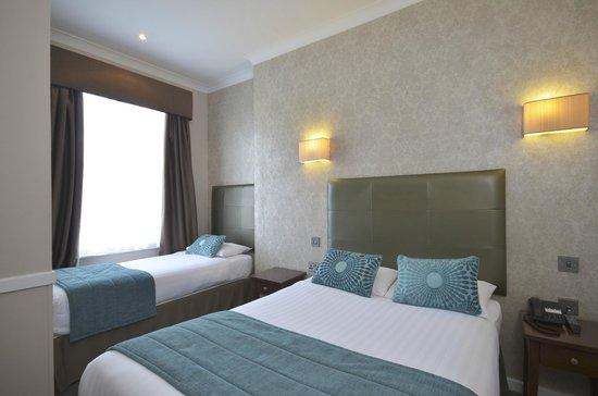 Princes Square Hotel: Triple Room