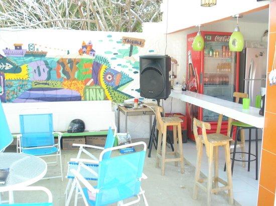 Taganga Dive Inn:                   el patiecito mas lindo!