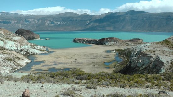 Rio Tarde Casa Patagonica:                   Lago Posadas