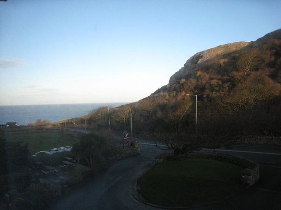 Premier Inn Llandudno North (Little Orme) Hotel: Out of Room 6 window.