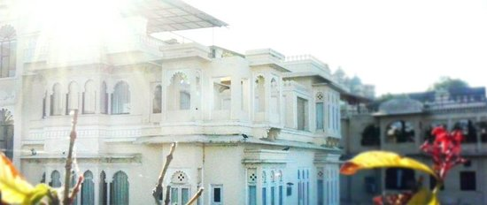 Raj Niwas Hotel:                                     Outside view of Maharaja suite and balcony